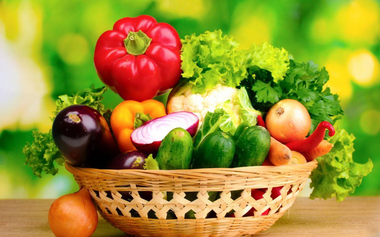 ¿Qué verduras son mejores crudas y cuáles cocidas?